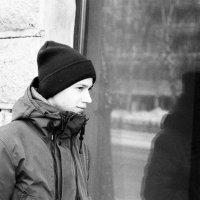 портрет с отражeнием :: Евгений Золотаев
