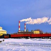 Снегоуборочный поезд под парами :: Виктор Заморков