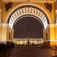 Вид на Дворцовую пл. :: Евгений Никифоров