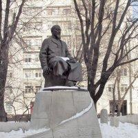 Абай Кунанбаев на Чистопрудном бульваре :: Yulia Sherstyuk