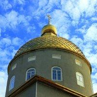 Купол церкви, крест и небо... :: Валентина ツ ღ✿ღ