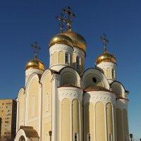 Церковь Спиридона Тримифунтского в Нагатинском Затоне. :: Александр Качалин