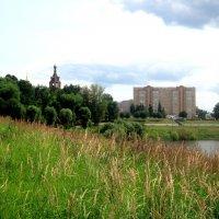 Город на берегу озера :: Елена Семигина