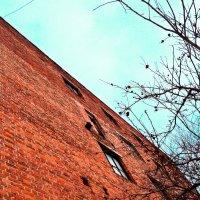 Старое здание :: Ярослав Исаев