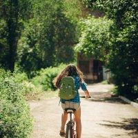 девушка на велосипеде. :: Артемий Кошелев