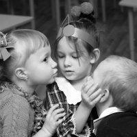 А теперь мы будем тебя целовать! :: Larisa Gavlovskaya