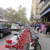 Стоянка муниципальных велосипедов. Барселона :: Герович Лилия