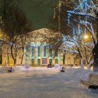 Праздничный сквер :: Валентин Котляров