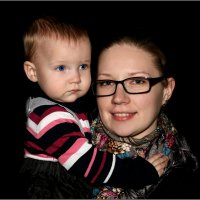 Дочь с дочерью. :: Anatol Livtsov