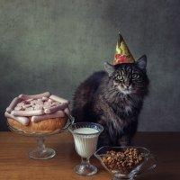 День рожденья - грустный праздник... :: Ирина Приходько
