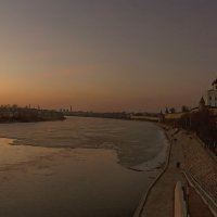 Река двинулась...скоро весна! :: Виктор Грузнов
