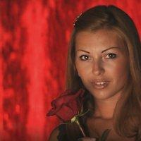 Девушка с розой :: ОЛЕГ ПАНКОВ
