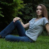 Девушка на природе-13. :: Руслан Грицунь