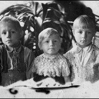 Дети военной поры 1943 :: Михаил Лобов (drakonmick)