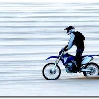 В волнах песка. :: Leonid Korenfeld