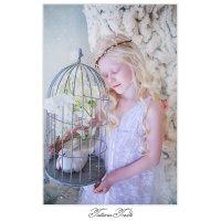 Белокурый ангел весны... :: Tatiana Treide