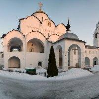Покровский монастырь в Суздале :: Larisa Ulanova
