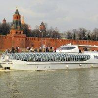 На Москве-реке. :: Елена