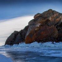 Остров на море стоит :: Павел Федоров