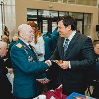 Торжественное вручение медалей «70 лет Победы» ветеранам Великой Отечественной войны. :: Юрий Лобачев