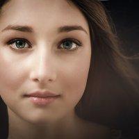 в глазах её лучистых с поволокой... :: Елена Каспар
