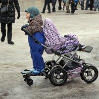 Северодвинск. Масленица. Стоит на облучке :: Владимир Шибинский