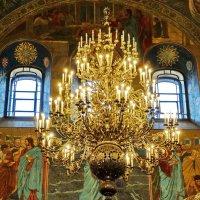Освещение храма. :: Владимир Гилясев