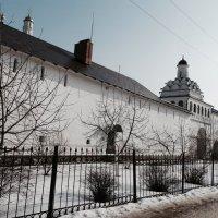 Стены женского монастыря :: Svetlana27