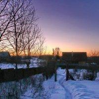 Март, закат в деревне, весна где-то рядом. :: Пётр Сесекин