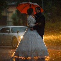 Любовь — это когда на дворе всегда хорошая погода, даже если там дождь и ветер :) :: Алексей Латыш