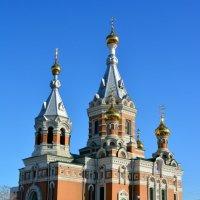 Золотая церковь в Уральске :: Александр Облещенко