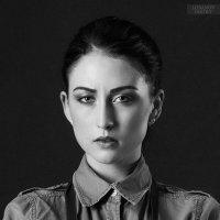 Liza :: Dmitriy Lobanov