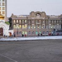 САРАТОВ_особняк купца Бендера XIX в. :: Андрей ЕВСЕЕВ