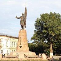 Памятник Ермаку в Новочеркасске :: Владимир Болдырев