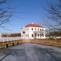Дворец МарлИ и секторальные пруды. :: VasiLina *