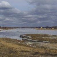 Река Шоша. Пирс и вертолетная площадка. :: Михаил (Skipper A.M.)