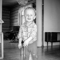 Ведь в детстве главное - это улыбка! :: Михаил Кучеров