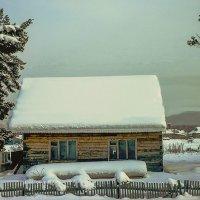 Обильный снегопад. :: юрий Амосов