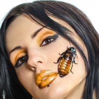 Beauty с тараканами. :: Николай Нестеренко