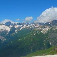 Вершины Домбая. Перевал Алибек. :: Vladimir 070549