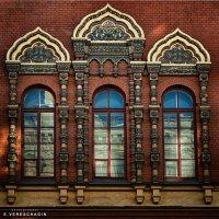 Урбанометрия. Геометрия+цвет. Окна Храма. :: Евгений Верещагин