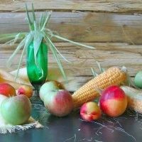 С кукурузой :: Larisa Simonenkova