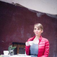 За чашкой кофе :: Андрей Акатьев
