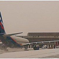 Метель у терминала F... :: Кай-8 (Ярослав) Забелин