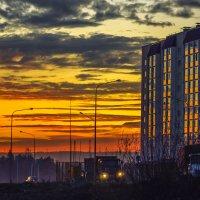 Осенний закат в Нягани :: Владимир Бобришев