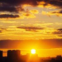 закат над городом /jupiter-9 f11/85mm :: Pasha Zhidkov