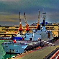 фрегат «La Fayette» ВМС Франции у причала морвокзала :: Александр Корчемный