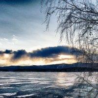 Тревожное небо марта :: Стил Франс