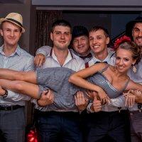 и мы опять готовы руки подставлять! :: Татьяна Исаева-Каштанова