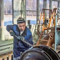 Демонтаж рабочего колеса насосного агрегата :: Андрей Мичурин